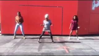 DJ Estraga & Dj Ly-COox - Barbie girl remix