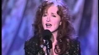 Bonnie Raitt & Charles Brown - Someone To Love - Tonight Show 10-10-1992