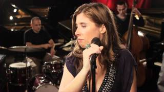 Marta Hugon - Hide and Seek (live)