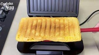 PÃO DE FUBÁ PRONTO EM 5 MINUTOS - SEM SOVARFica super levinho esse pão de fubá na sanduicheira!