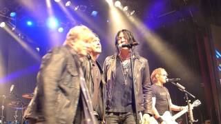 Rick Springfield performs Jessie's Girl with Nelson Brothers & Tom Keifer
