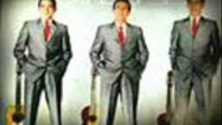 LOS TRES REYES - SUKIYAKI
