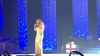 ( HD ) Mariah Carey live 2017 Paris- Hommage Johnny Hallyday - Que Je t'aime