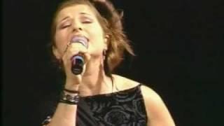 Susana Neves-Fado Gaivota (Amália Rodrigues)-Campeonato Mundial Karaoke 2005