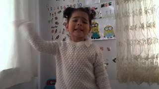 3 yaşındaki kızın Bayrak Şiiri - Arif Nihat ASYA