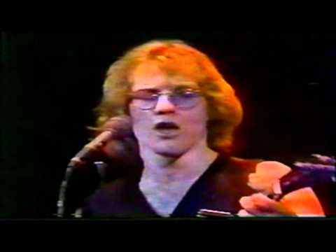 warren-zevon-poor-poor-pitiful-me-live-at-the-palladium-nyc-1980-part-5-7-warrenzevonaddict