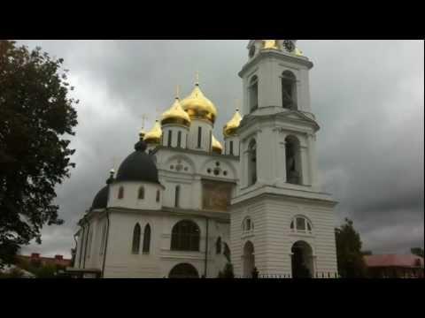 Павлины в Борисоглебском монастыре