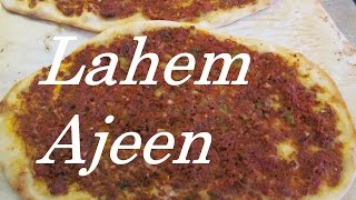 Laham Ajeen ( Iraqi Pizza) With No Yeast Dough/ لحم بالعجين - عجينة بدون تخمير / #Recipe122CFF