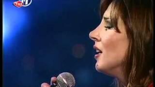 Funda Arar - Yalnızlığın Şarkısı (Yar Dilinden)