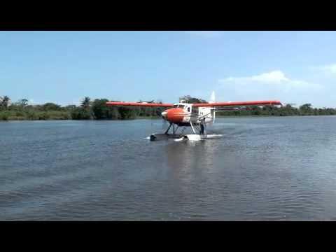 Hidroavión llega a Río San Juan de Nicaragua