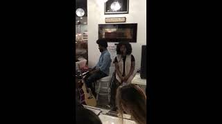 Live Performance Alicia Keys song Falling
