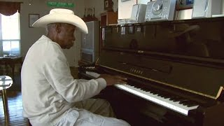 "Pinetop Perkins Blues Piano Legend plays ""44 blues"""