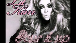 Lil' Kim Ft. Mr Papers - Pour It Up (New 2013)