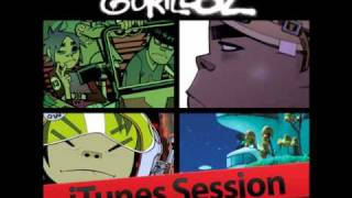 Gorillaz - Kids With Guns (iTunes Session)