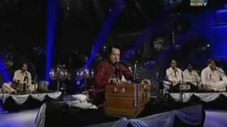 Rahat Fateh Ali Naina Thug Lain ge (Live)