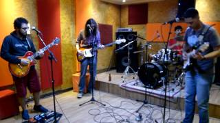 Temple - Supersoaked Kings of Leon Cover (StudioMB)