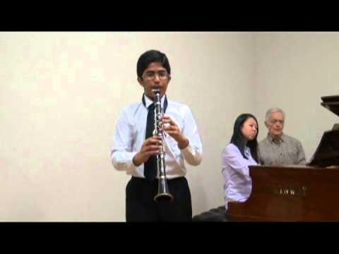 carl-stamitz-konzert-nr-3-b-flat-major-iii-movement-rondo-by-neerav-kumar-12-year-old-meeta-kumar