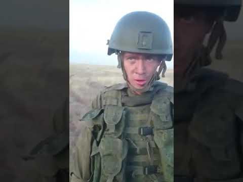 Солдат студент дает парню в рот видео