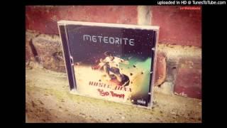 Ruste Juxx & Kyo Itachi - Astronaut (Featuring Illa Noyz & Skanks) [Cuts By DJ Impact]