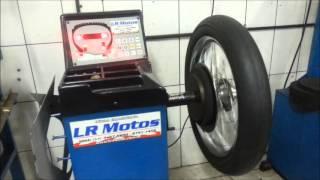 LR Motos - Balanceamento de Roda Dianteira da Moto Harley Davidson Super Glide - 7676