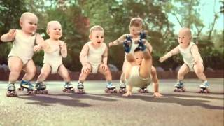 bebes bailando hip hop (cancion House Of pain  Jump Around Music)
