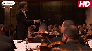 Gustavo Dudamel - Beethoven's Symphonie No 7, 2. Allegretto