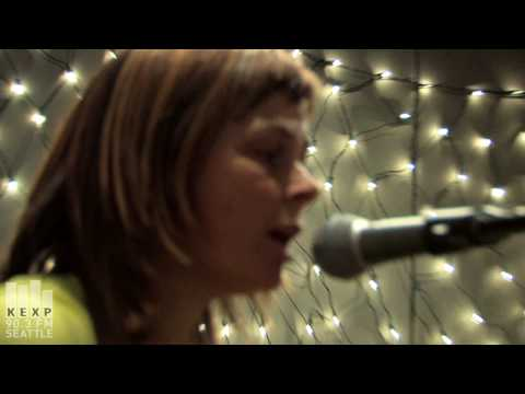the-vaselines-mollys-lips-live-on-kexp-kexpradio