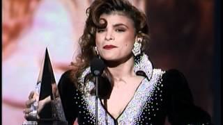 Paula Abdul Wins Favorite Pop/Rock Female Artist - AMA 1990