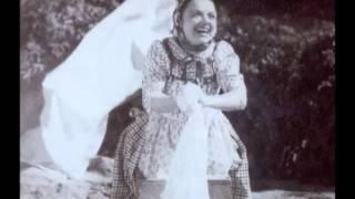 Beatriz Costa -  Aldeia da roupa branca