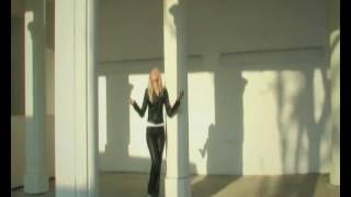 BABI MINUNE & DENISA - TE VOI IUBI [OFFICIAL VIDEO].avi