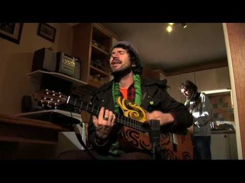 super-furry-animals-run-away-othervoiceslive