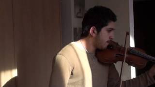chrisy zeta incearca o vioara