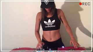 DJ Lady Style - It's getting hot in here