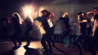 CANVAS CREW || SMASH UP THE PLACE || SHARAYA J