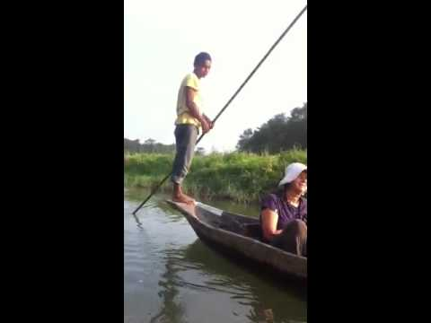 Chitwan National Park in Nepal, morning canoe excursion