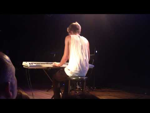 paradise-fears-reunion-new-song-live-forever-tour-chicago-6-aug-2014-amanda-blanco