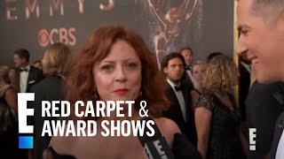 Susan Sarandon Can't Get Enough of Her E! Gift at 2017 Emmys | E! Live from the Red Carpet