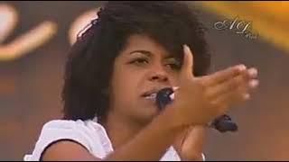 Fica tranquilo !Testemunho da  cantora  Kemilly Santos . width=