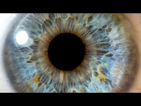 Cât de departe poate vedea ochiul uman?