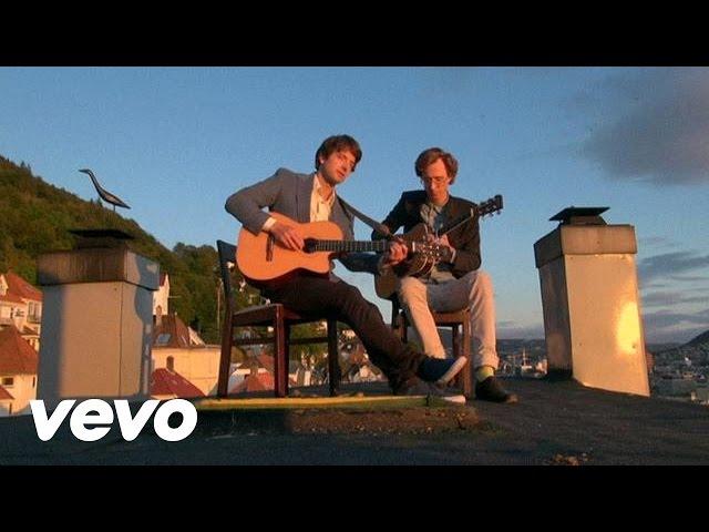 Videoclip de 'Me In You', de Kings of Convenience.