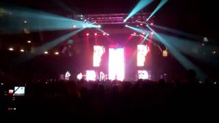 """tobyMac- """"Unstoppable"""" (ft. Blanca of Group 1 Crew) Live"""