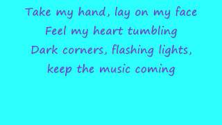 ♥ Ciara - Keep Dancin' On Me [lyrics] ♥