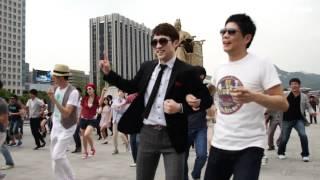 Frankie Manning Tribute Flash Mob - Tranky Doo