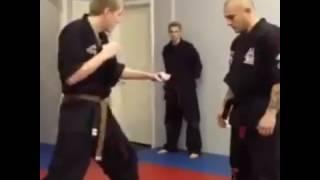 Enfrentando al maestro