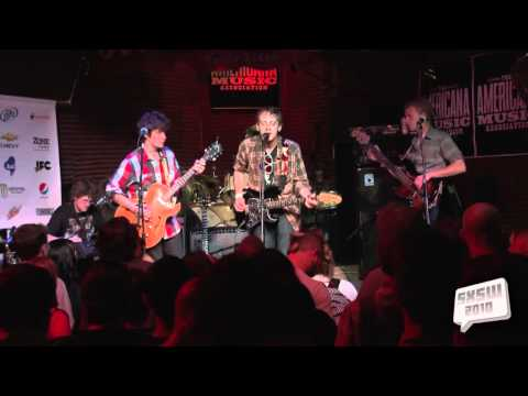 deer-tick-when-she-comes-home-music-2010-sxsw-sxsw