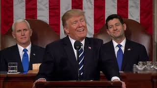 Trump cantando despadito