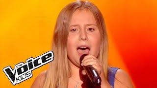 The Voice Kids 2015 | Maeva - Je viens du sud (Michel Sardou) | Blind Audition