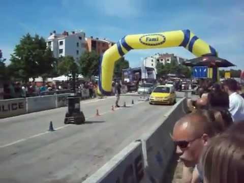 Hyundai Getz vs Clio Sport - İzmir Araç Kiralama