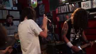 THE BENNIES - Ice Cold Beers And Juicy Juicy Buds - LIVE @ BEATDISC RECORDS 16/03/14