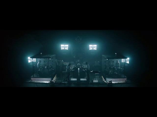 """Vídeoclip oficial de la canción """"Is It Always Binary"""" de Soulwax."""